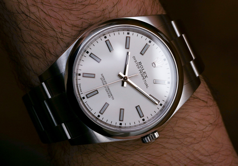 Rolex Oyster Perpetual 39 114300 Black Or White Dial Watches Hands-On