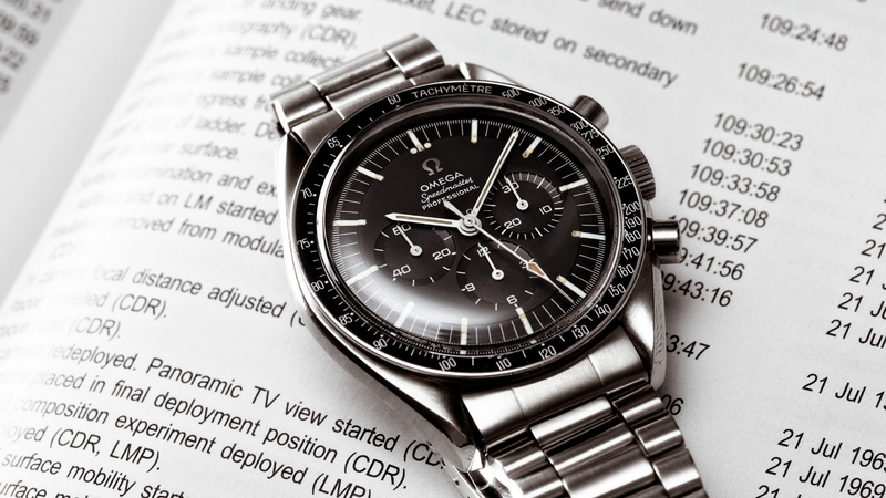Business News: Bottoming Out? Bloomberg Reports 2016 Could Be The Worst Year For The Swiss Watch Industry Since '84 (But Industry Figures Show Decline May Be Slowing)