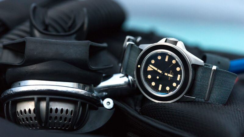 Hands-On: The Unimatic Modello Uno (U1-B), A Minimalist Dive Watch Goes To The Caribbean