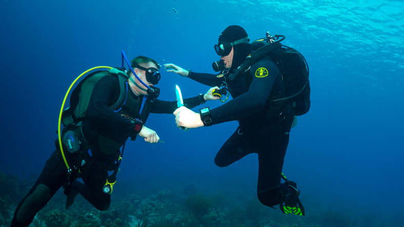 In-Depth: Seven Dive Watch Myths Deep-Sixed